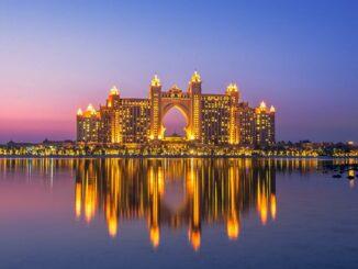 Atlantis The Palm Dubai bei Nacht
