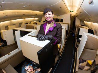 Flugbegleiterin von Etihad Airways