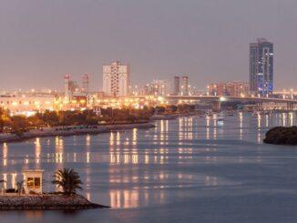 Ras al Khaimah bei Nacht