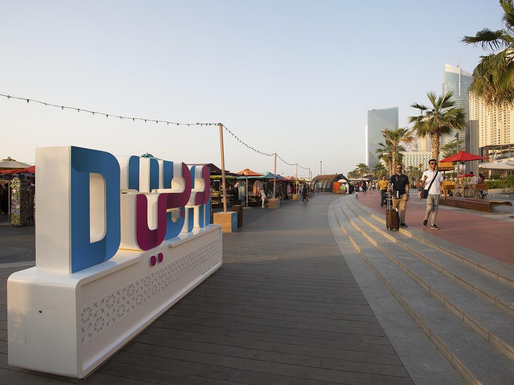 Restaurants und Geschäfte bei The Beach