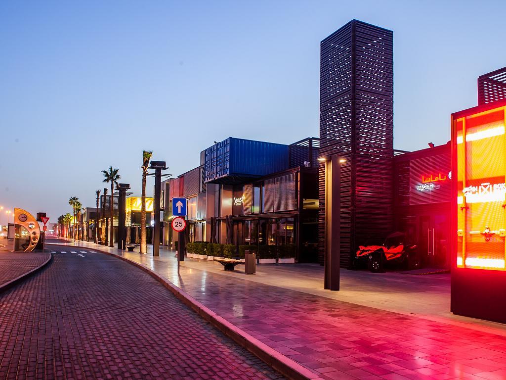 Geschäfte im Box Park in Dubai