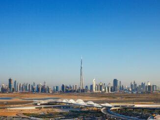 Dubai Skyline bei Tag
