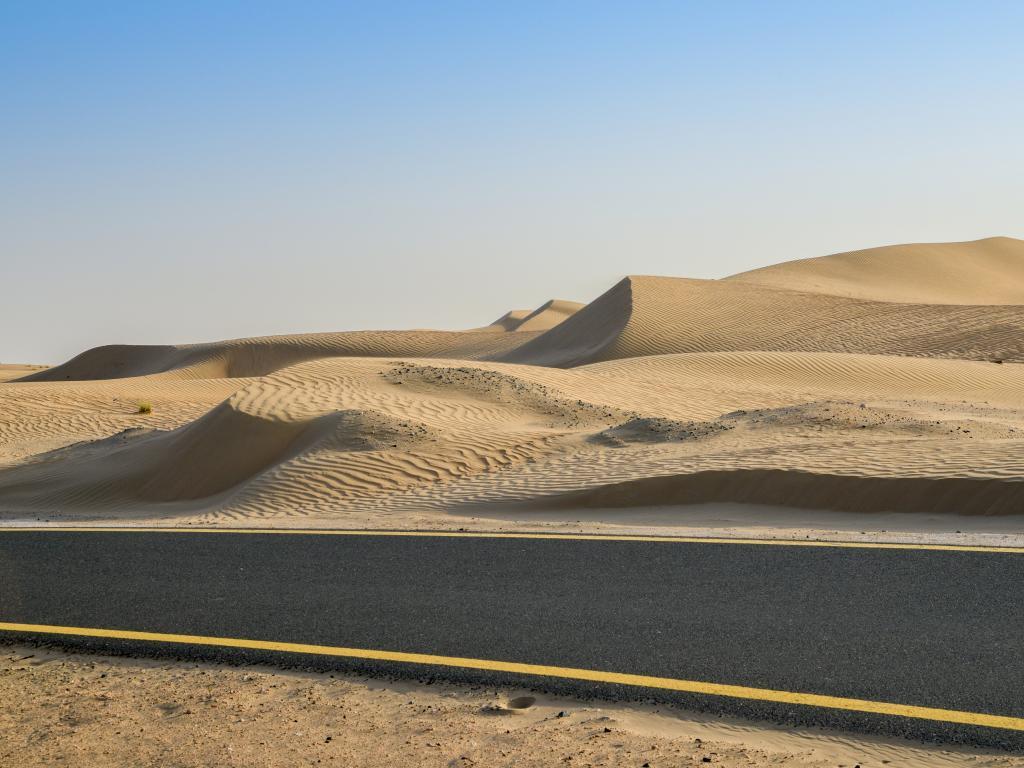 Fahrrad fahren auf dem Al Qudra Cycle Path