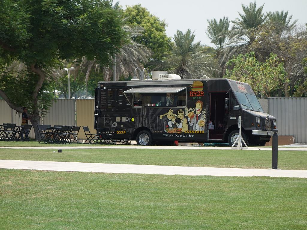 Ein Foodtruck in Dubai