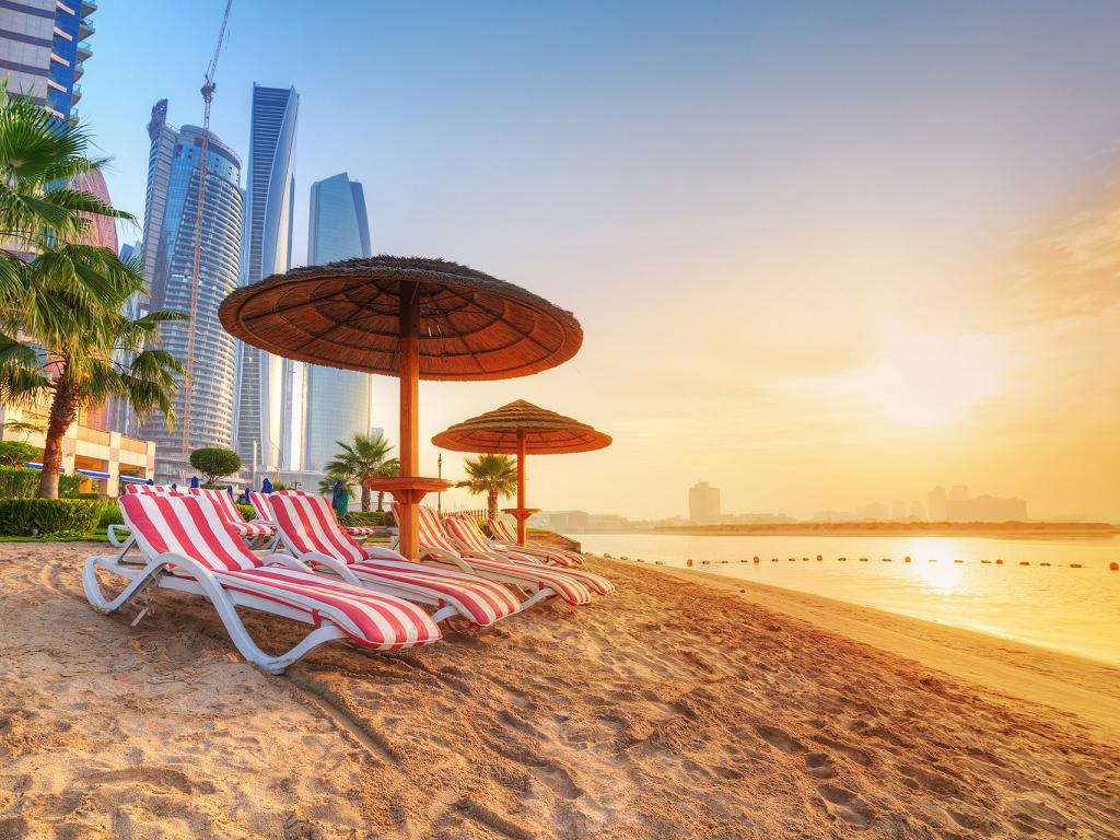 Ein Strand in Dubai