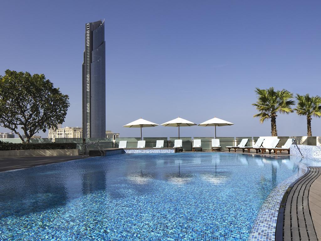 © Crowne Plaza Dubai Festival City Pool