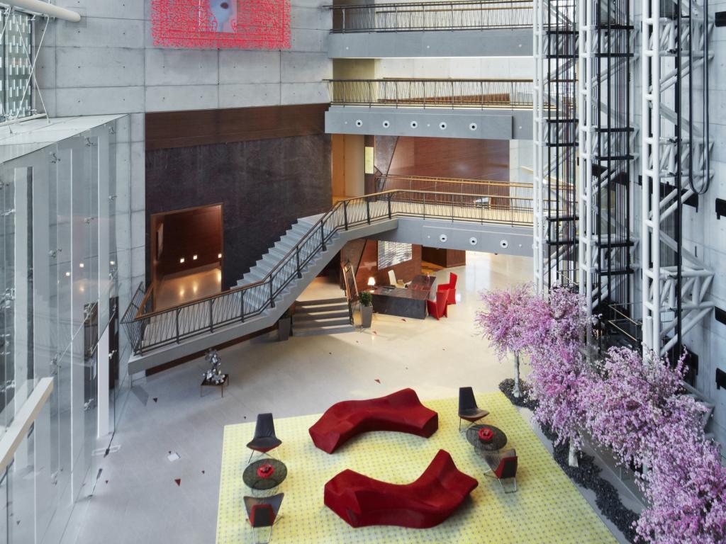 © Jumeirah Creekside Hotel Lobby