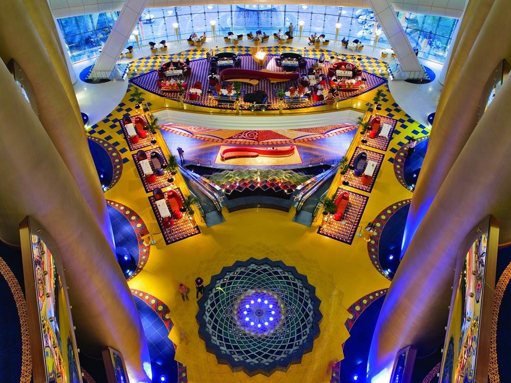 © Jumeirah Burj al Arab Lobby