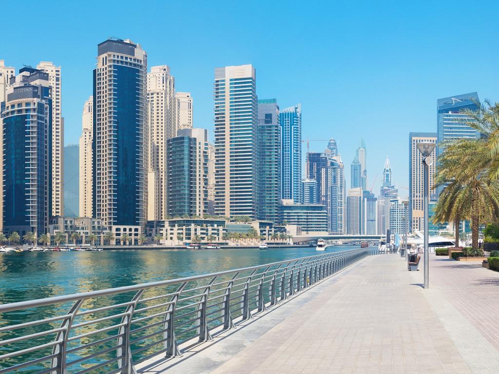 Die Promenade vom Dubai Marina Walk