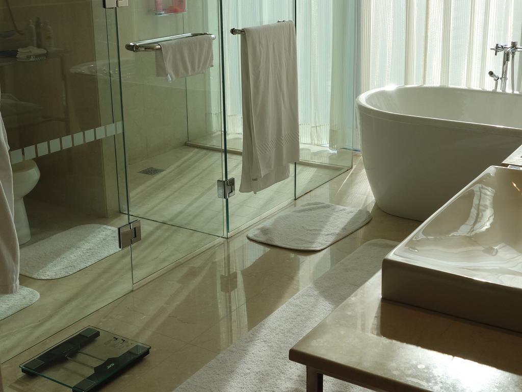 Badezimmer vom The Oberoi Dubai