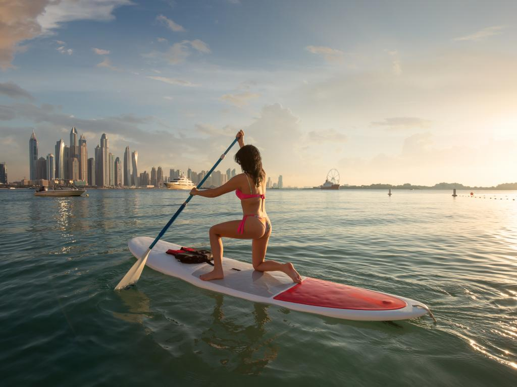 Stand Up Paddling in Dubai