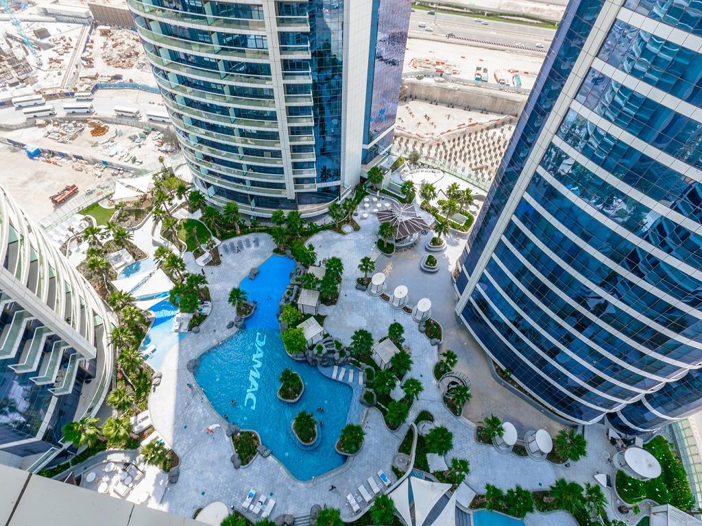 Der Pool vom Der Tower vom Paramount Hotel Dubai