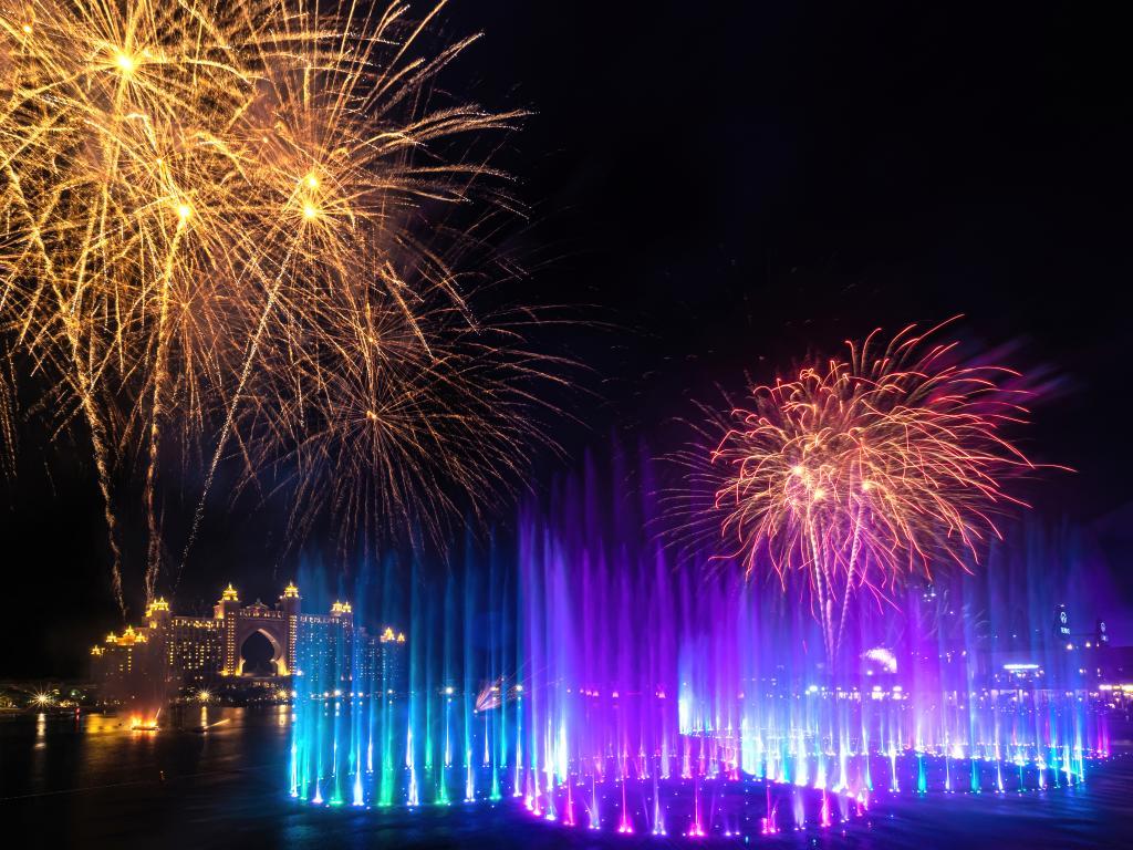 Feuerwerk bei The Palm Fountain