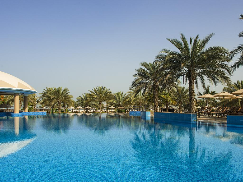 Pool © Le Royal Méridien Beach Resort & Spa
