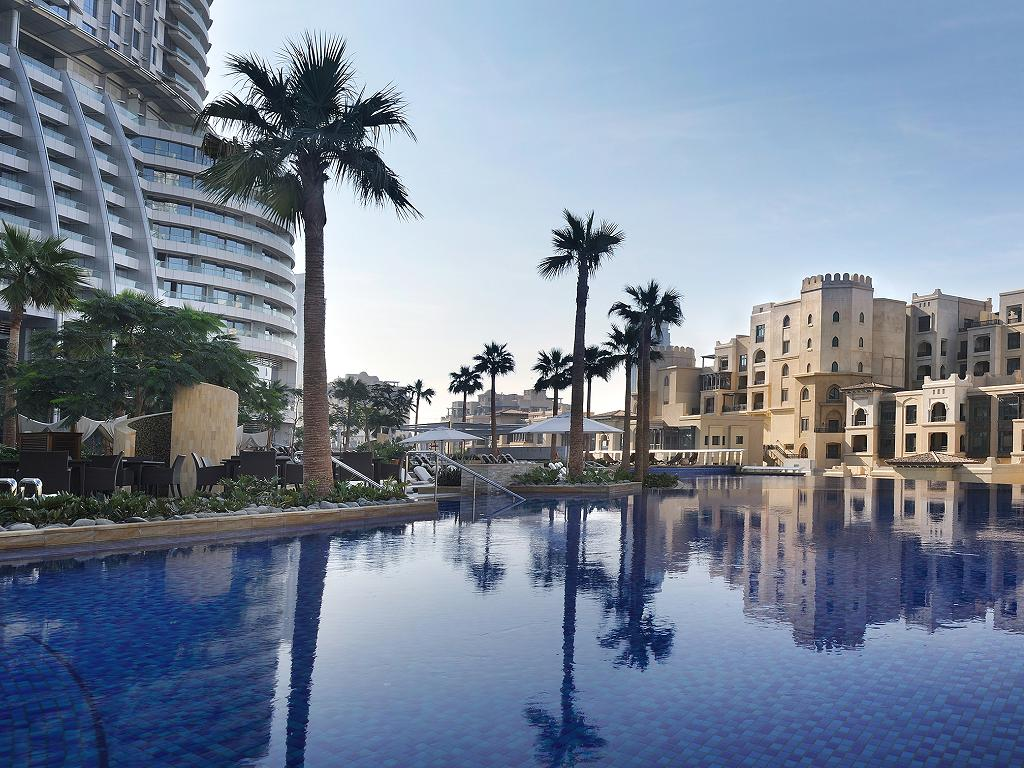 Pool © The Address Downtown Dubai
